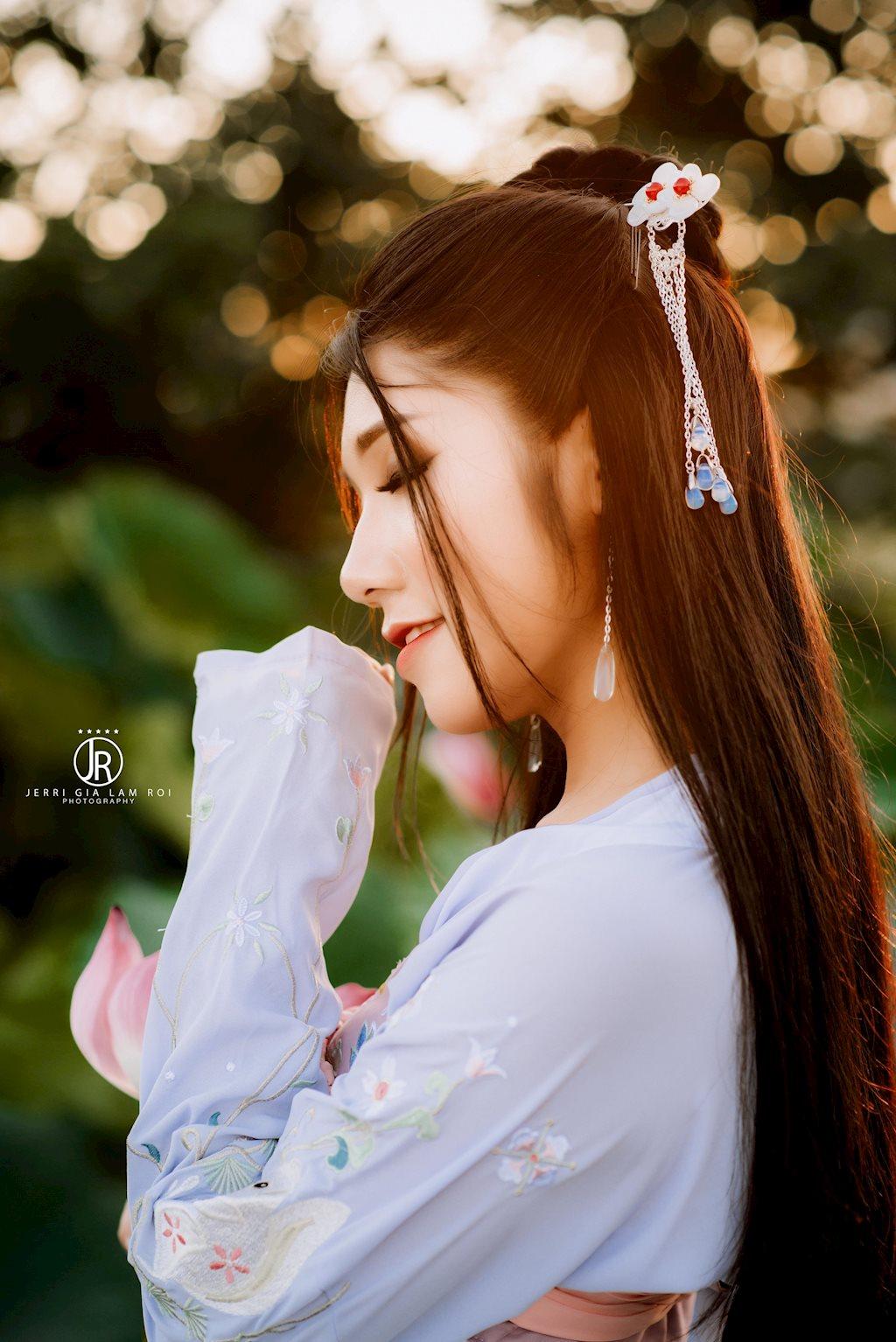 Nữ sinh hóa mỹ nữ cổ trang đẹp hút hồn